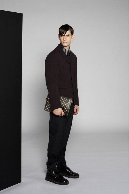 Marni и Marc Jacobs выпустили новые лукбуки. Изображение № 22.
