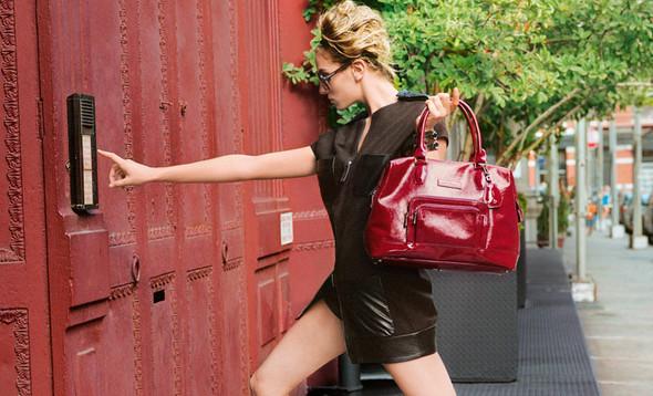 Кампания: Коко Роша и Лииса Уинклер для Longchamp SS 2012. Изображение № 7.