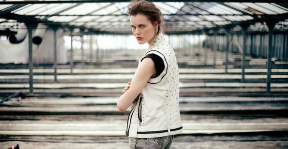 Лукбуки: H&M, Zara, Urban Outfitters и другие. Изображение №8.