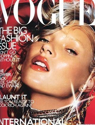 Кейт Мосс на обложках vogue. Изображение № 8.