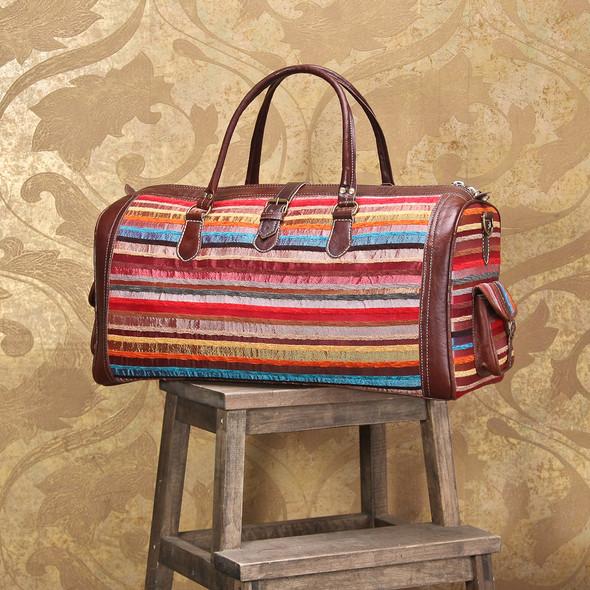 Открылся новый магазин модных сумок и аксессуаров. Изображение № 4.