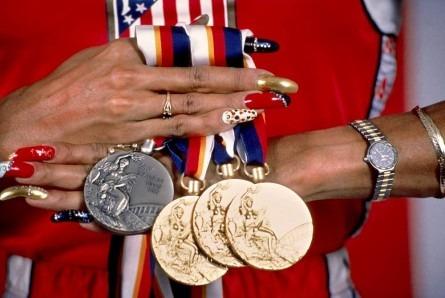 Вне игры: 25 историй с Олимпиады не про спорт. Изображение №22.