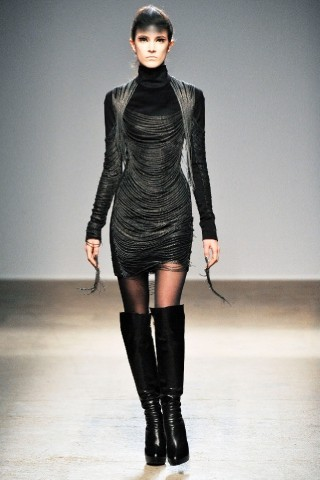 Back to black : Gareth Pugh и Victor&Rolf aw 2010-2011. Изображение № 42.