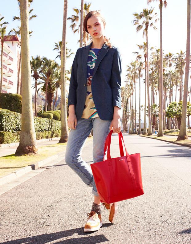 Вышли новые лукбуки Joie, Roberto Cavalli, Juicy Couture и других марок. Изображение № 247.