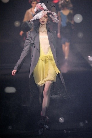 John Galliano Spring-Summer 2010. Изображение № 11.