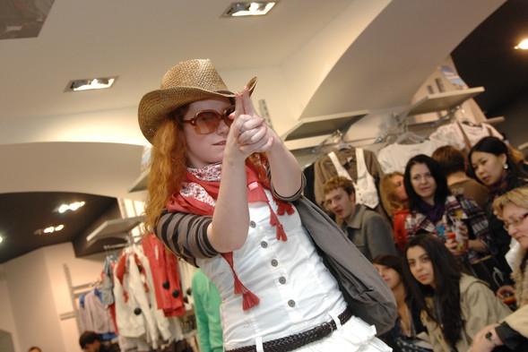 Презентация коллекции TERRANOVA сезона весна-лето 2010. Изображение № 5.