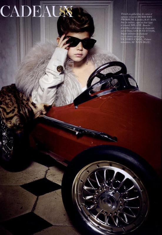 Маленькие модели в Vogue Paris. Изображение № 6.
