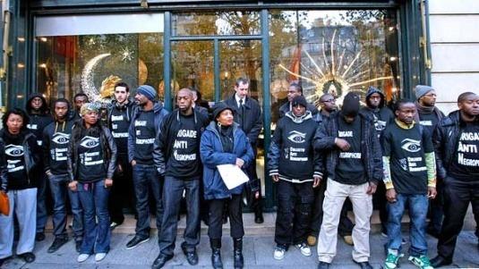 Главные протесты в моде: От человеческих волос до голой демонстрации. Изображение № 2.