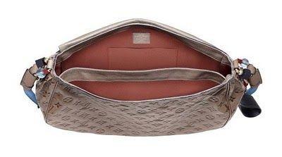 Новая коллекция от Louis Vuitton сумки. Изображение № 2.