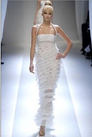 """""""Выбираем свадебное платье!"""" 93 идеи ведущих дизайнеров. Изображение № 71."""