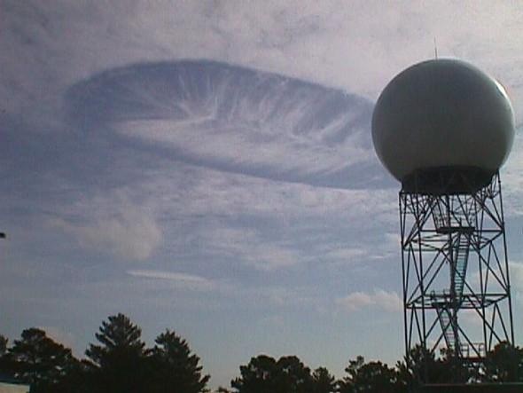 Переменная облачность. Изображение № 25.