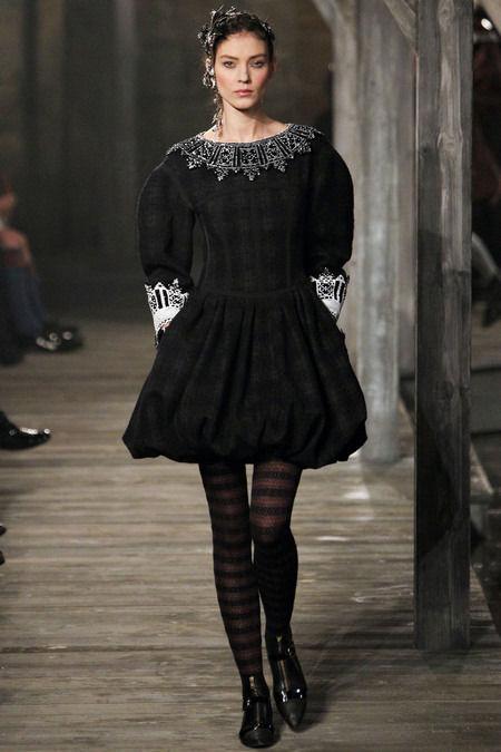 В Шотландии прошел предосенний показ Chanel. Изображение № 13.