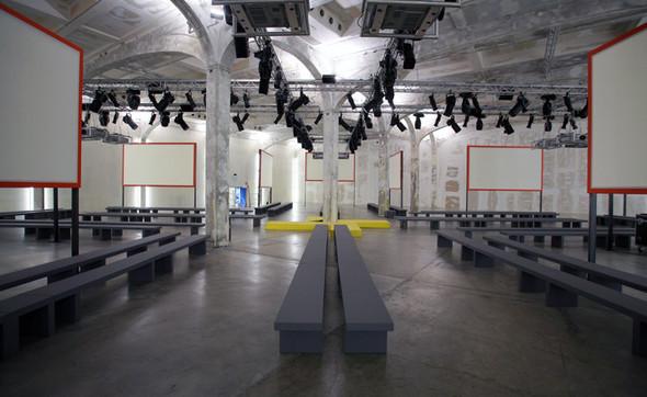 Prada, как самый дальновидный бренд. Изображение № 14.