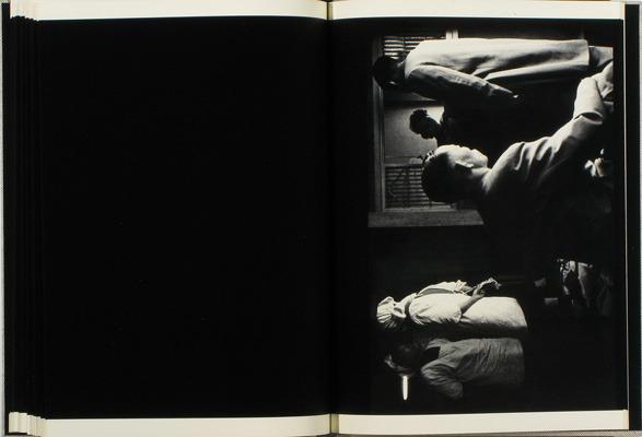 Закон и беспорядок: 10 фотоальбомов о преступниках и преступлениях. Изображение № 128.