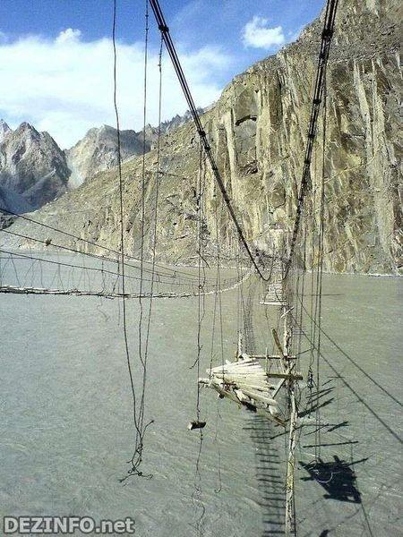 Самый опасный мост в мире. Изображение № 3.