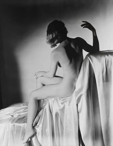 Части тела: Обнаженные женщины на винтажных фотографиях. Изображение №108.