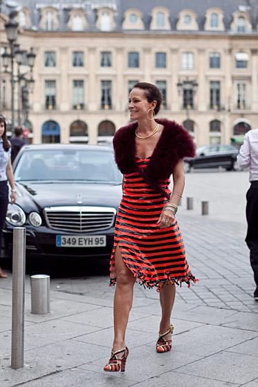 Уличный стиль на Неделе высокой моды в Париже. Изображение № 57.