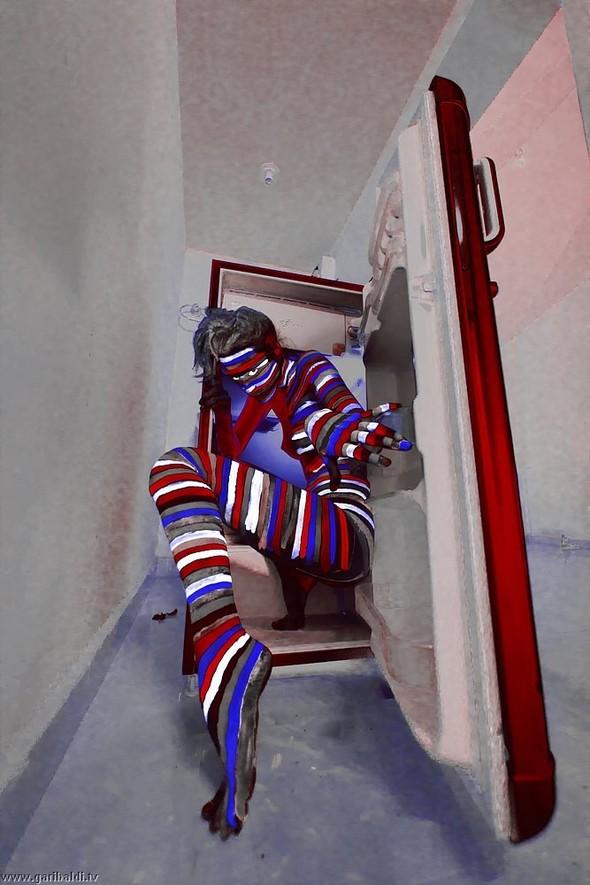 Red fridge - non stop. Изображение № 15.