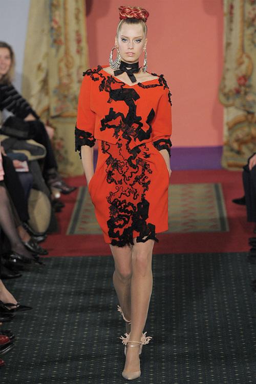 Неделя высокой моды вПариже: Кристиан Лакруа. Изображение № 13.