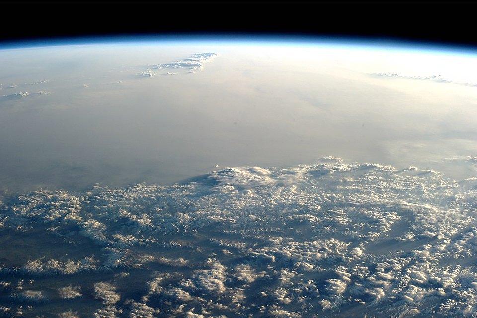 Облака из космоса: Какой видят Землю космонавты МКС. Изображение № 4.