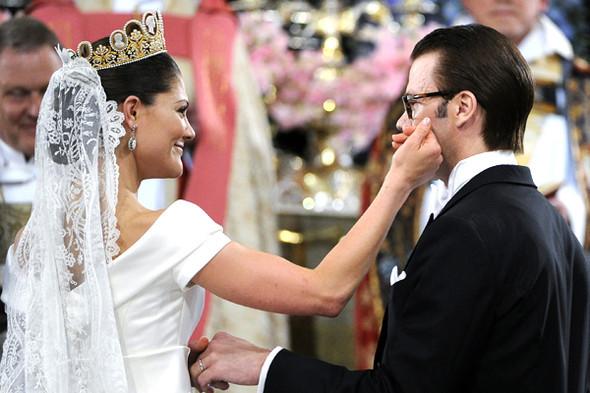 Свадьба шведской кронпринцессы Виктории. Изображение № 43.