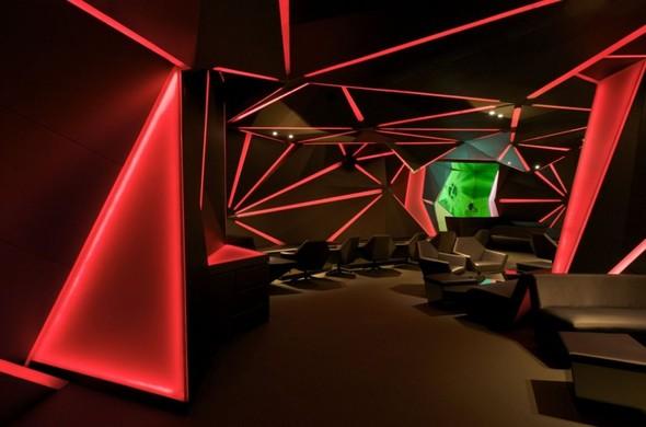 Под стойку: 15 лучших интерьеров баров в 2011 году. Изображение № 79.