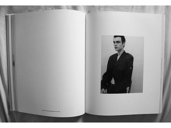 Книги о модельерах. Изображение № 151.
