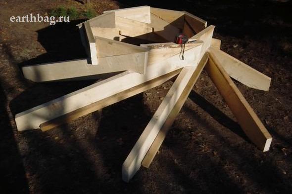 Проапокалиптический DIY - купол из мешков с землей - Earthbag building. Изображение № 12.