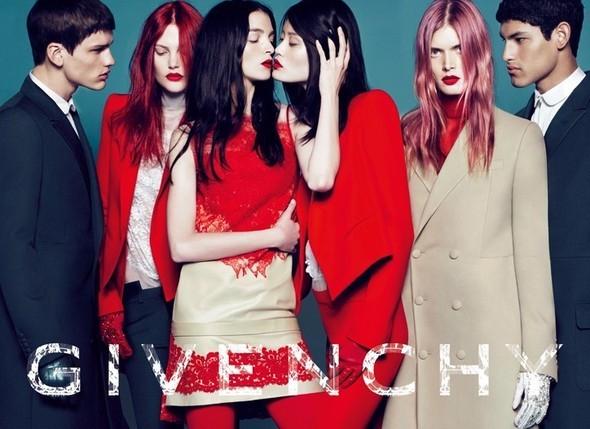 Кампания Givenchy FW 2010. Изображение № 1.