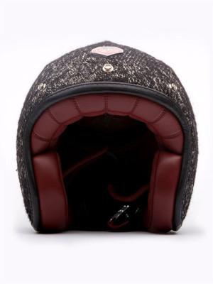Шлемы отКарла Лагерфельда: хотим, нобоимся. Изображение № 5.