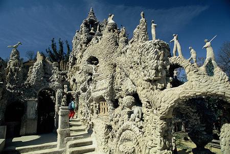Дворец, построенный почтальоном инсталляция XIXвека. Изображение № 10.