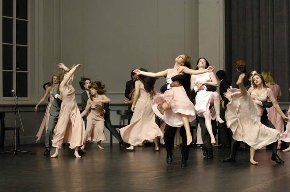 """Танец против предрассудков (о фильме """"Пина. Танцующие мечты""""). Изображение № 4."""