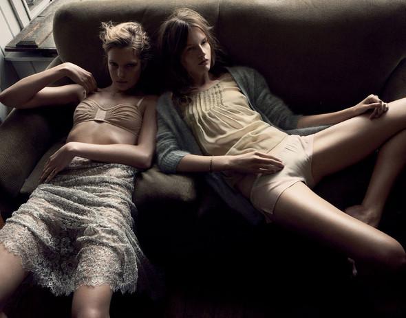 Съёмки: Interview, Harper's Bazaar, V и другие. Изображение № 19.