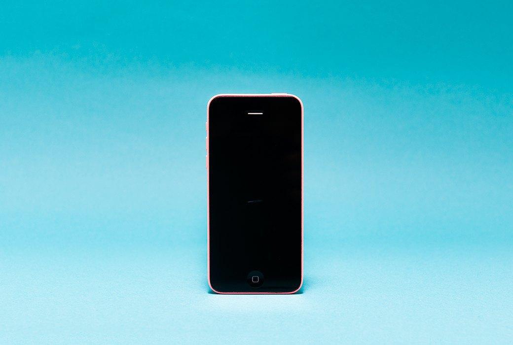 Эксперимент: Как избавиться от царапин на смартфоне. Изображение № 3.