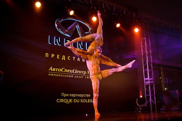 Cirque du Soleil на открытии дилерского центра INFINITI. Изображение № 19.