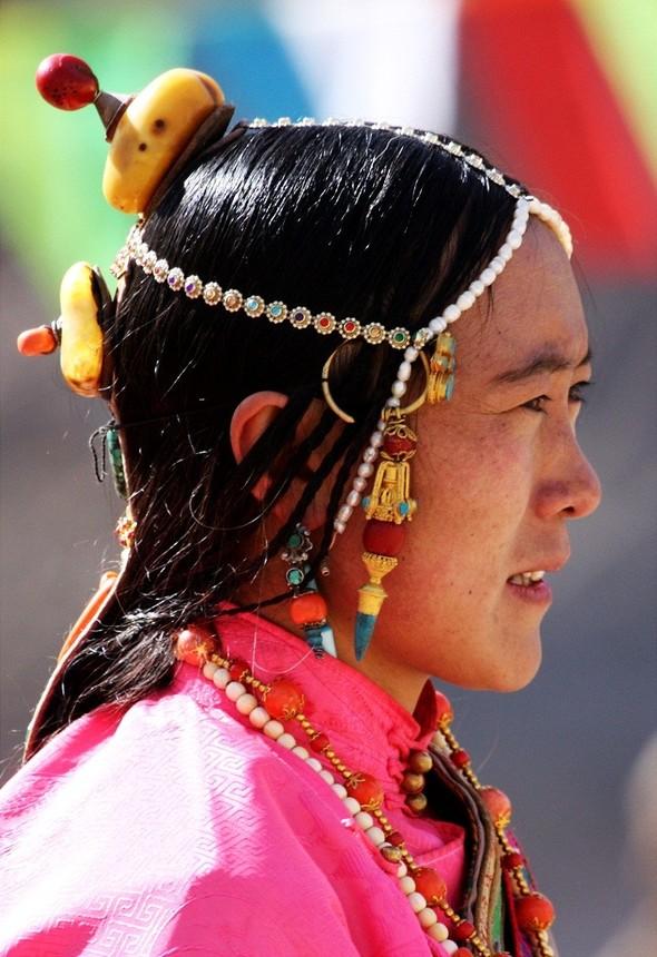 Тибет: семейные ценности и традиционные костюмы. Изображение № 2.