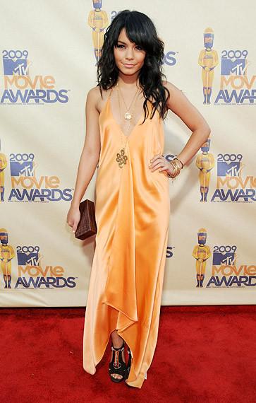 Наряды сMTV Movie Awards 2009. Изображение № 44.