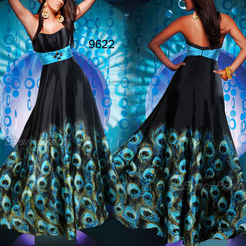Вечерние и коктейльные платья. Изображение № 43.