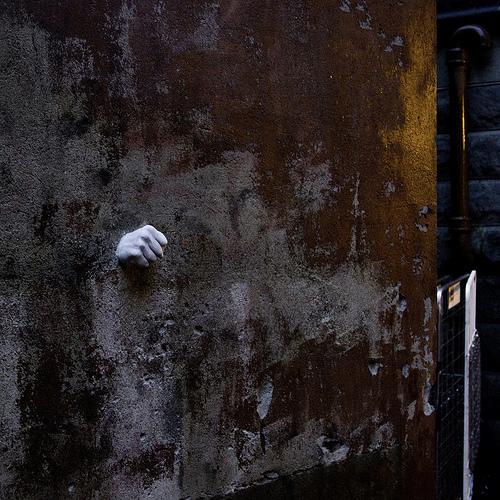 Уличные надписи Питера Дарта. Изображение № 6.