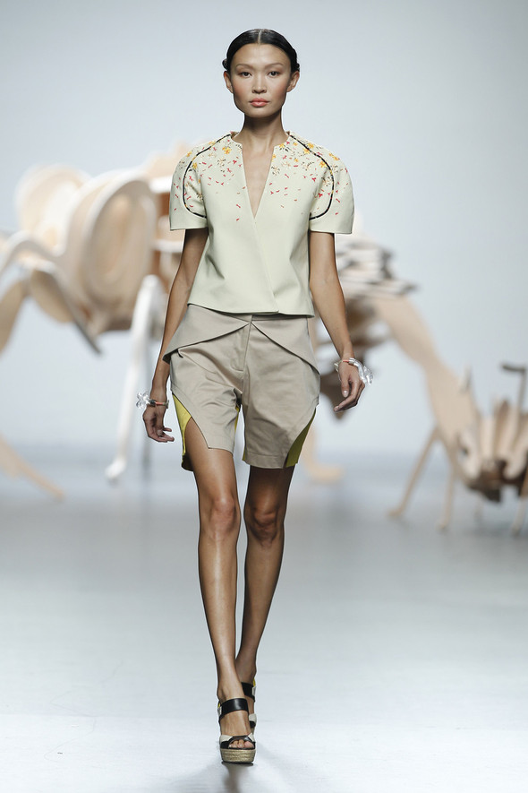 Madrid Fashion Week SS 2012: Ana Locking. Изображение № 4.