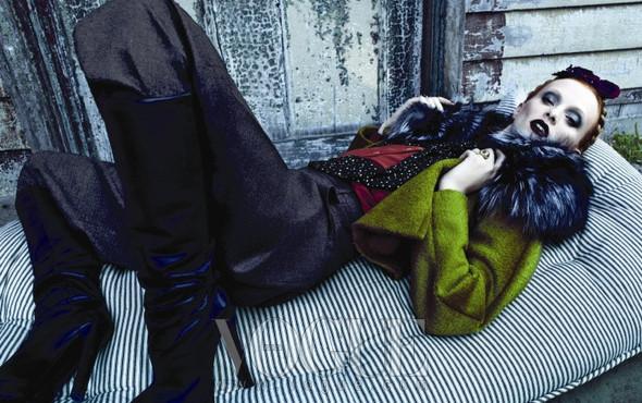 Съёмка: Карен Элсон для Vogue. Изображение № 6.