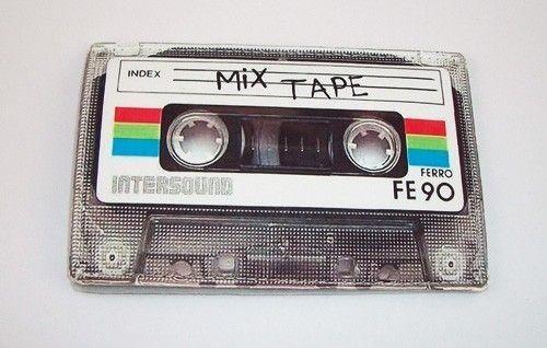 Retro 80's Mix Tape Case. Изображение № 1.