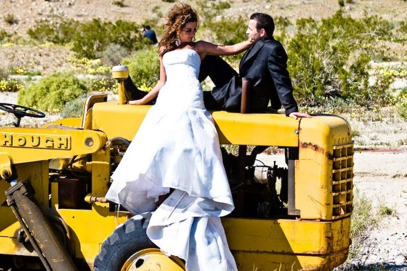 Trash the Dress: смерть свадебному платью!. Изображение № 22.