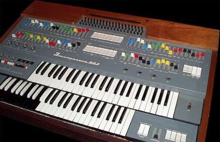 Старые советские синтезаторы. Изображение № 6.