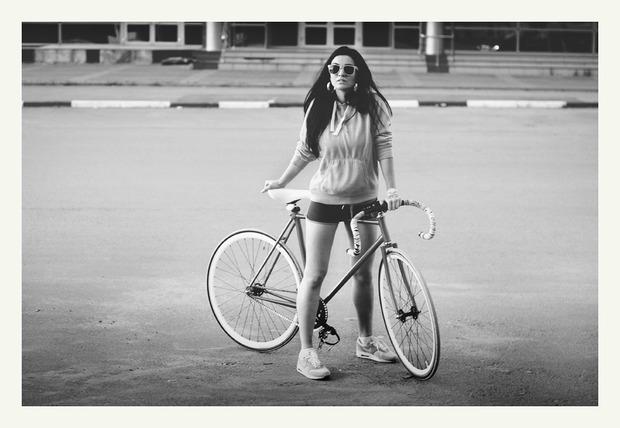 VELOVE. Любовь, Девушки, Велосипеды.. Изображение № 10.