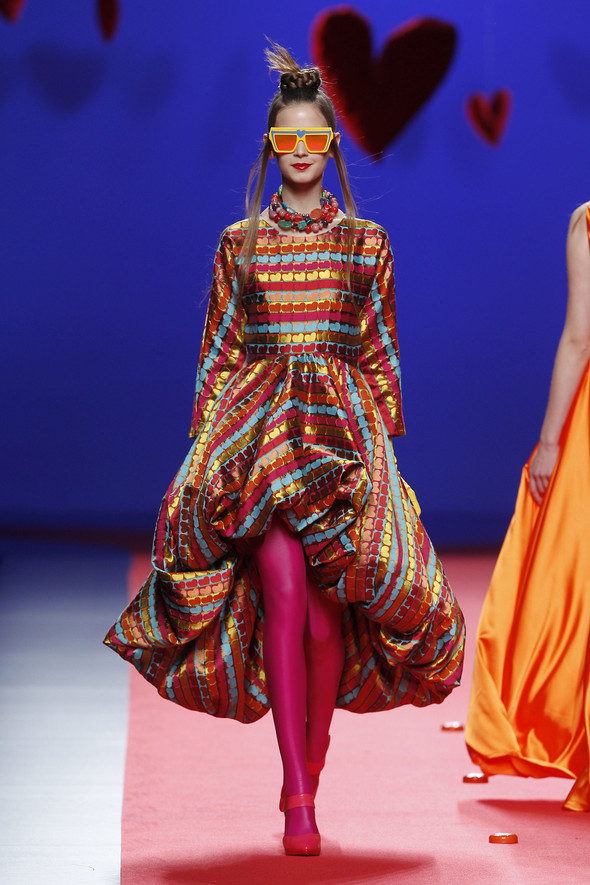 Испанцы Fall Winter 2011/2012: AGATHA RUIZ DE LA PRADA. Изображение № 23.