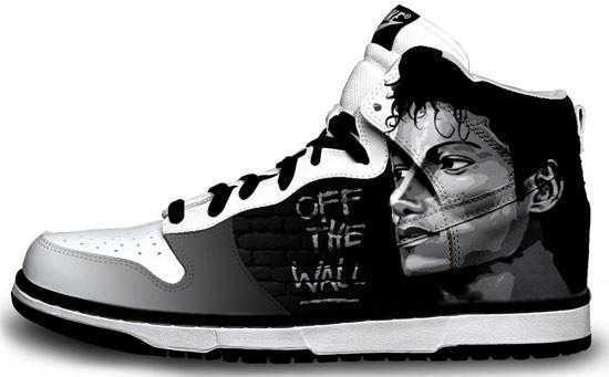 Метаморфозы белых кроссовок Nike. Изображение № 12.