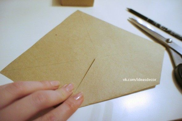 Простая подарочная коробочка, без использования клея. Изображение № 2.
