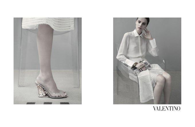 Семидесятидвухлетняя Сара Мун сняла кампанию Valentino. Изображение № 6.
