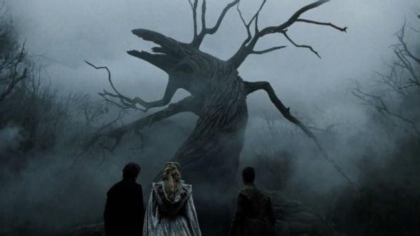 Дерево Мертвых, под которым живет не совсем мертвый кавалерист. «Сонная Лощина»1999. Изображение №17.